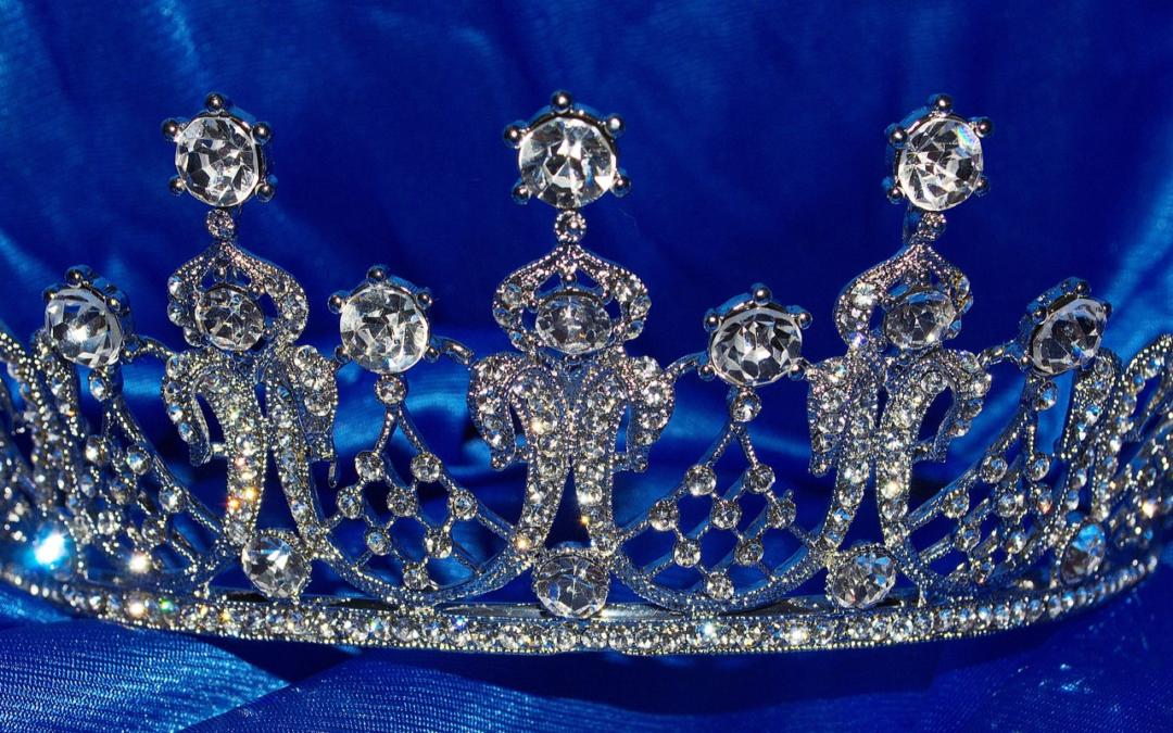 Kobieta królewski projekt